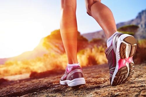 trail running woman